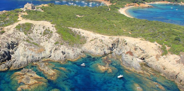 Une ile proche de Toulon